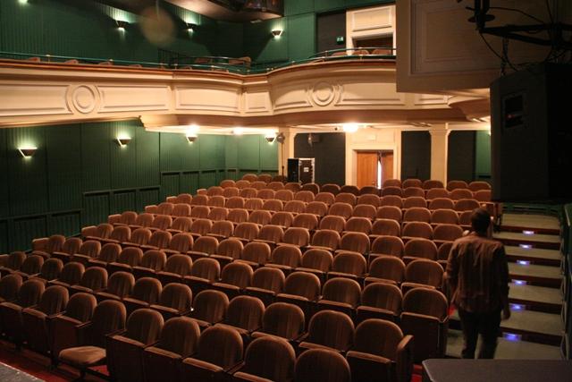Theatre Database Strona Główna